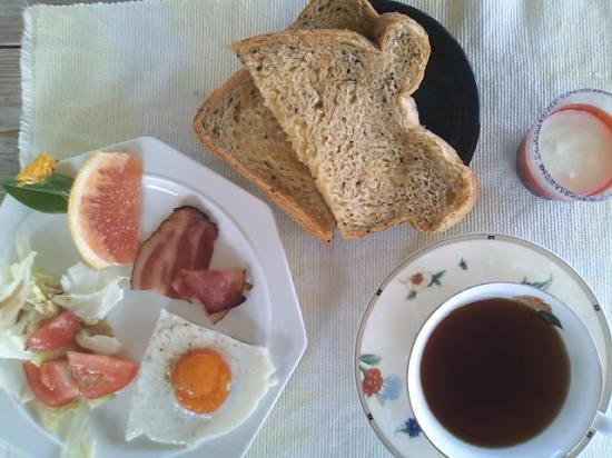 【沖縄離島7日目 パナパナの朝食〜追記アリ】