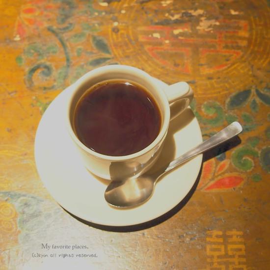 大好きな場所「Tef Cafe」。
